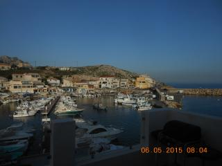 terrasse sur la mer aux goudes avec vue féerique