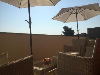 Your White apartment-luxury terrace, Cagliari