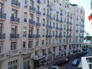 Cannes One Bedroom Martinez