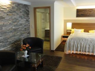 Double Room in Bacharach - nice, clean, modern (# 8904)