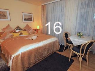 Vacation Apartment in Bacharach - 538 sqft, nice, clean, modern (# 8906)
