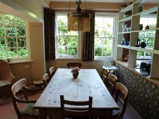 Dining table (seating 8)