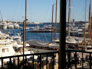 Cannes Quai Saint Pierre One Bedroom