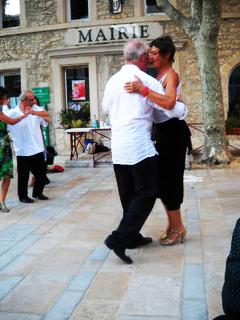 Tango lessons in the village centre