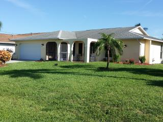 Florida Cape Coral. vacation pool private home for rent