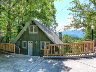 SIMPLICITY - Amazing Chalet - Spectacular Views, Gatlinburg