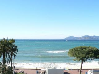 Luxury apartment with sea views on the Croisette, Cannes