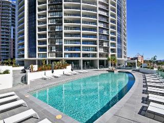 Sierra Grand 3 Bedroom Sub-Penthouse 04, Broadbeach