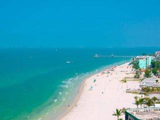 Cottage Book Now for Season! Key West Style Condo, 4 min walk to Beach