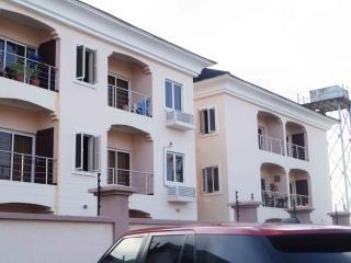 Cosy 24/7-serviced designer flat