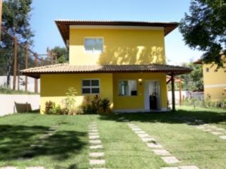 Casa  - Regiao da Praia do Forte/Reserva Saparinga