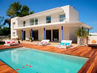 Villa with pool,beach Sant Ant, Cala Gracio