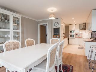 Gorgeous 3 bed 2 bath in Central London -Hampstead
