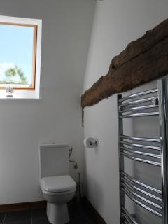 Les Arbres Shower Room