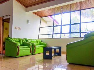 Pink house holiday bungalow Bandarawela