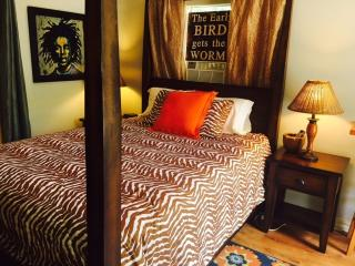 Treehouse Guesthouse: Hideaway Suite, Lafayette