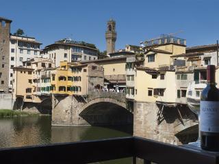 Old Bridge Apartment, Florencia