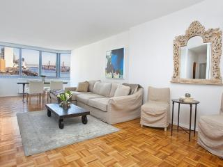 Lux 2b/2b with Stunning Views, Nueva York