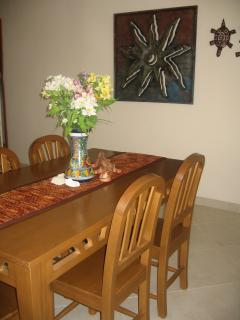 Dining for 6 with 3 additional bar stools.  Great for playing board games at night