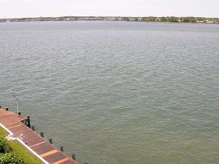 Harbour Island 404L