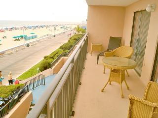 Furniture,Chair,Indoors,Room,Balcony