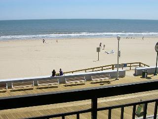 Ocean Hideaway 211