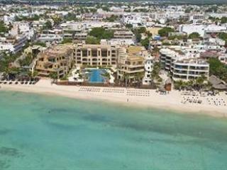 DEAL!! CORTO MALTES BEACHFRONT 2 BEDROOMS apart, Playa del Carmen