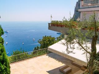 None LDG TER, Isla de Capri
