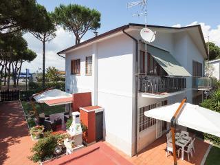 Villa Viola WIFI 300m from the sea -Terracina