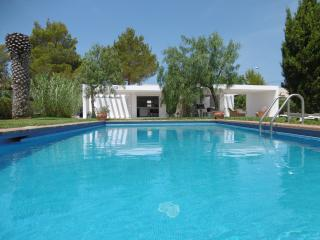 Beautiful Minimalist Villa Ibiza, Port d'es Torrent