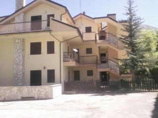 Casa in montagna 6 posti letto con camino, Campo Di Giove