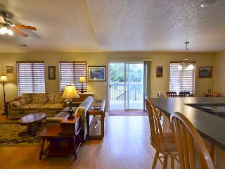 Artist's Splendor-Over An Acre of Grassy Orchard with 4 bdrms, Deck & Sunroom, McKinleyville