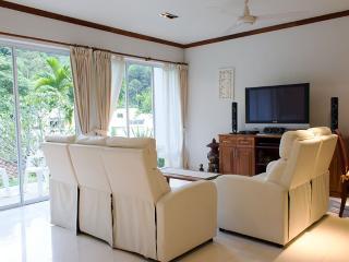 Kamala Hills Apartment F101
