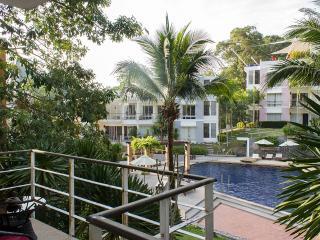 Kamala Hills Apartment B201