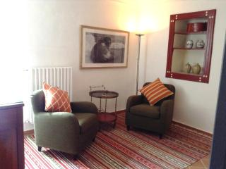 Aglianico: Double room on first floor with with en-suite shower room and a nice seating area