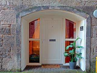 The Ice House Apartment, Leith, Edinburgh