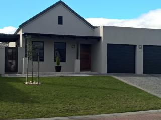Home Sweet Home, Somerset West