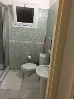 Rest room with Shower
