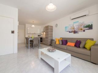 2 Bedroom Apartment in a Prime Location of Sliema
