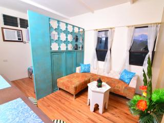 BEAUTIFUL Studio Home Near Fuente Osmena