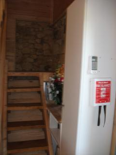 stairs with fireblanket and air conditioning also smoke/carbon monx. alarms