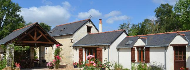 Anjou farmhouse situated on the outskirts of a tiny village