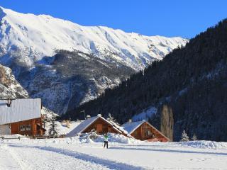 Chalet Le Melezin hameau des Chazals Nevache Hautes Alpes