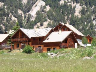 Le Gouroun  Hameau des Chazals Nevache Hautes Alpes