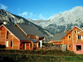 Le Baouba  Hameau des Chazals Nevache Hautes Alpes