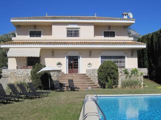 Villa Nagueles, Marbella
