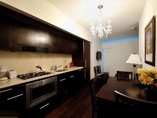 Financial District 2bd 1 bath Doorman Apt! #8382