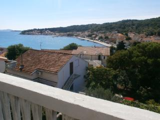 Crni Apartment A in Tisno