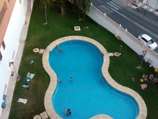 Atico dos dormitorios y piscina en Aguadulce