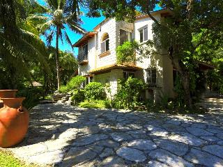 Stunning 3 bedroom home sleeps up to 8 guests, Playa del Carmen